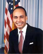 Congressman Luis Gutierrez of Illinois will participate in a virtual town hall meeting about immigration reform this Wednesday. (Photo from luisgutierrez.house.gov.)